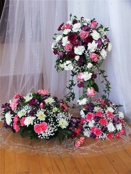 Classic Wedding Package from Maplehurst Florist, local flower shop in Essex Junction